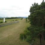 B-RC03-Ausflug_2013-151-2S-PointAlpha-Turm-Blick_zum_Haus_der_Grenze-WEB